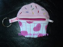 Cupcake Purse ITH design file